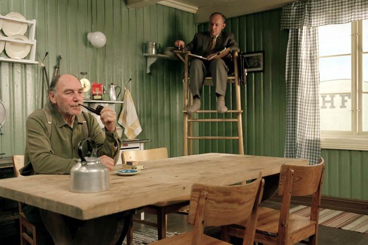Norweskie filmy: Salmer fra kjøkkenet – Romowy Kuchenne