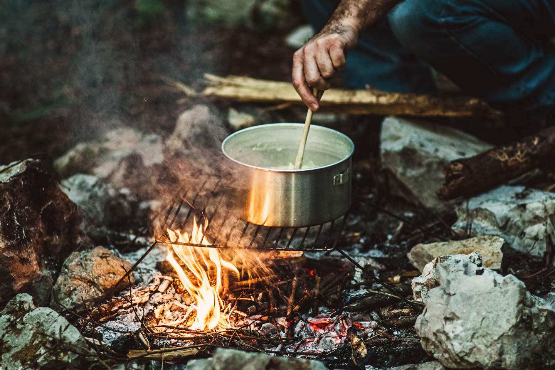 Gotowanie w lesie