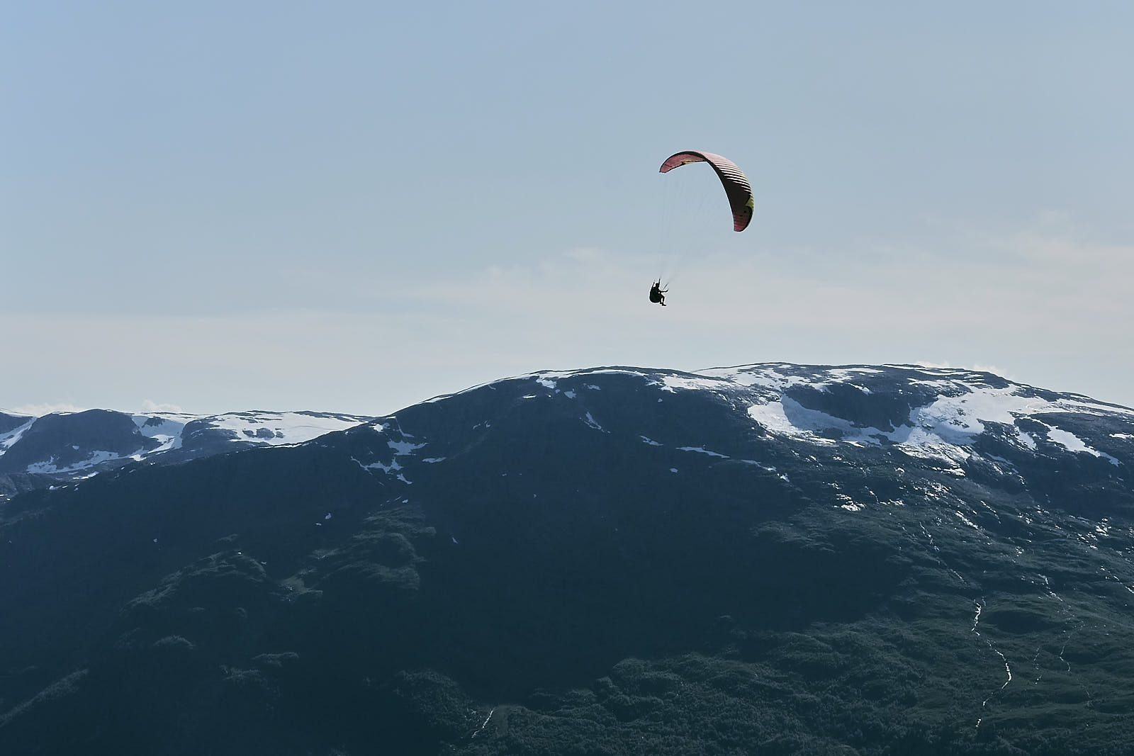 Loen, Hoven, paraglider, fjell
