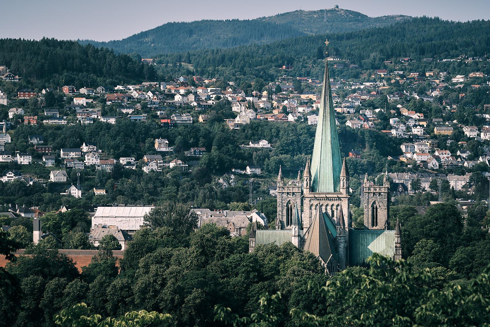 Nidarosdomen sett fra  Kristiansten Festning, Trondheim